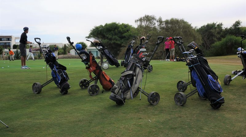 Young golfers at Mogador Golf Course